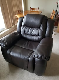 Leather Recliner  London