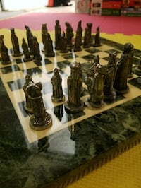 chess set pewter and brass  Gatineau, J8V