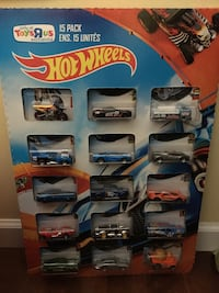 Retired Hotwheels toy r us exclusive set