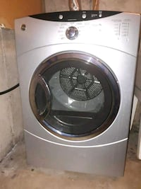 gray front-load clothes dryer  Cambridge, N1R 7X9