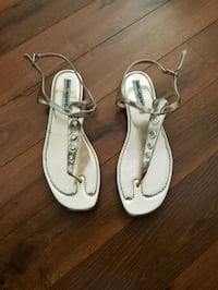 Almost new Sandal Gold color worn 1 time  Laval, H7W 0G1