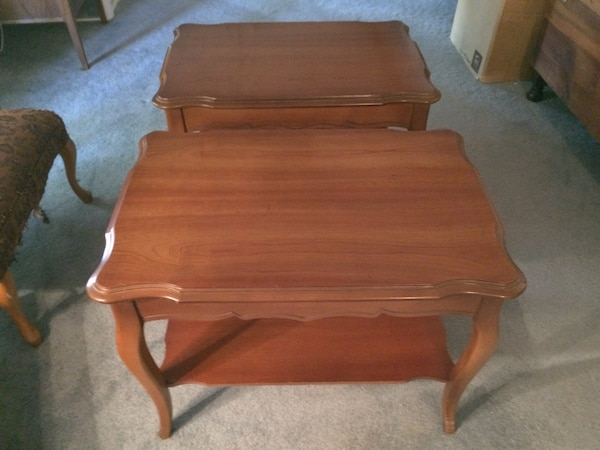 2 Vintage Bassett Furniture Industries Solid Wood End Tables
