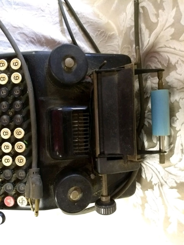 Antique Burroughs adding machine 3