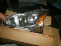 2013 altima headlight Harlingen, 78552