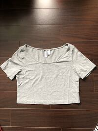 H&M LIGHT GREY CROP TOP Burnaby, V5H 4N5