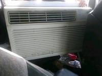 white window type air conditioner Mission, 78572