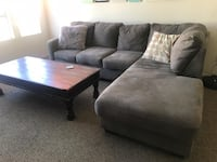 Gray sectional sofa - like new! Los Angeles, 90064