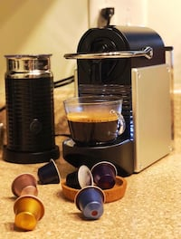 Nespresso Pixie Espresso Machine by De'Longhi Aluminum North Miami, 33181