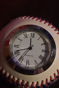 CHICAGO BASEBALL WITH CLOCK