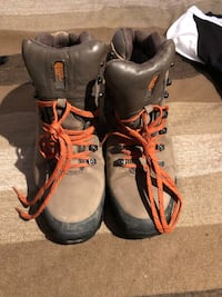The Northface men's leather hiking boots sz 10.5 US Burnaby, V5G 3X3