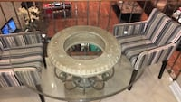 Almost new Round clear glass-top pedestal table Richmond Hill, L4C 5J2