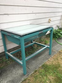 Light table for tattooing drawing draftin etc Port Coquitlam, V3C