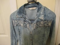 Jeans shirt- Medium size Victoria, V8P 3C8