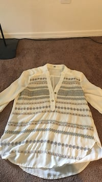 white and gray half-button long-sleeved shirt