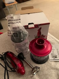 OSTER hand blender with chopper and cup Brand new  Burnaby, V5H 1V5