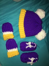 crochet babyset vikings  hat mittens and shoes !! willing to trade !!