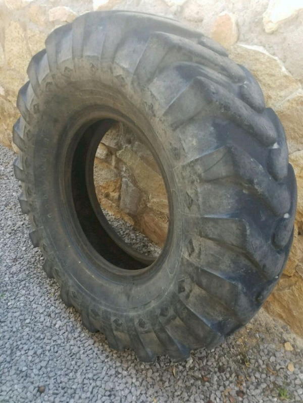 Used Tractor Tires For Sale >> Used Tractor Tire For Flip Hammer Workout Crossfit For Sale In El
