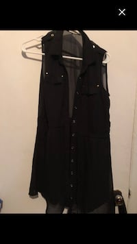 Nice black dress size S with pockets must sell Montréal, H4E