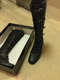 Black leather boots chunky sole Oslo