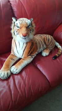 Large and small plush tigers $30/$15 Laurel, 20707