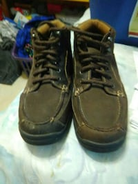Brown shoes Bardstown, 40004