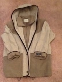 Brown and Tan Winter coat.  Very comfortable... XL