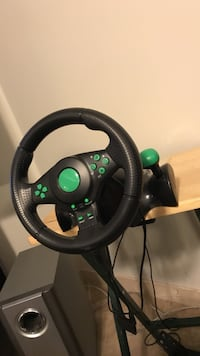 Steering wheel and Pedals for Xbox and pc Mississauga, L5N