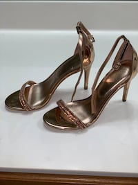 Beautiful rose gold shoes only worn one time for a wedding.  Arlington, 22201
