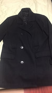 Large men's fleece jacket, will listen to any offer  St Catharines, L2M 1Y3