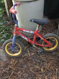 Toddler's red and yellow bicycle Occidental, 94923