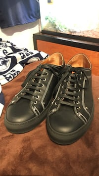 Givenchy paris sneakers