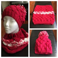 Red and white knitted hat and scarf Brookhaven, 11967