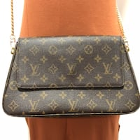 FINAL SALE!!! Louis Vuitton Bag