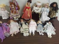 assorted-color doll lot McHenry, 60050
