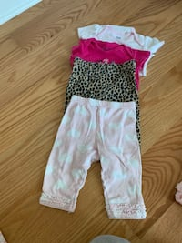 4 pieces of clothing 3-6 m Roselle, 60157