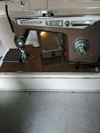 Vintage sewing machine Sacramento, 95835
