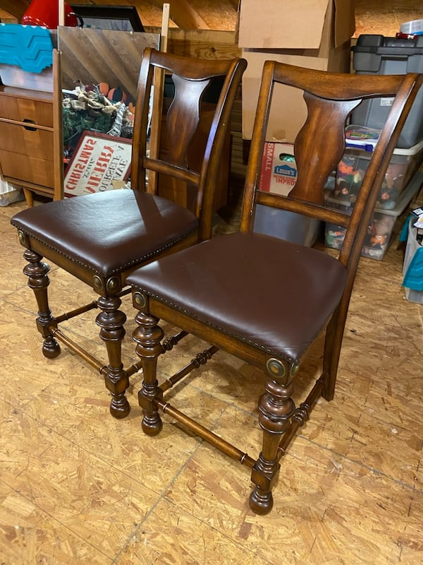 Two Tall Chairs dd88b0c6-bc00-47ca-8517-9a6e9dfc6076