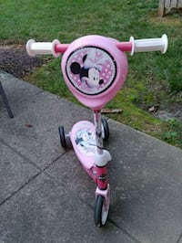 Minnie Mouse 3 wheel pink scooter Rockville, 20852