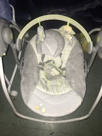 baby's gray and white swing chair New York, 11434