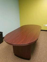 round brown wooden conference table Vienna, 22180