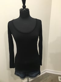 New black long sleeve top size L