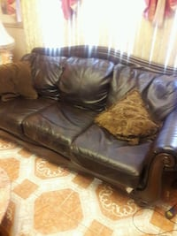 Leather with wood trims sofa Inwood, 11096