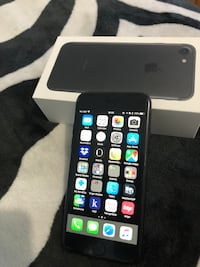 Like new iPhone 7, 128GB, Black unlocked, comes with ***original case and all accessories,  ***FREE APPLE BLACK CASE, and FREE APPLE SMART BATTERY CASE ***APPLE INSTALLED SCREEN PROTECTOR.  Phone has always been in case from date of purchase... NO SCRATCH Brooks, T1R 0R1