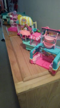 Toys,ponies,littlest pet shop,Shopkins with toy houses