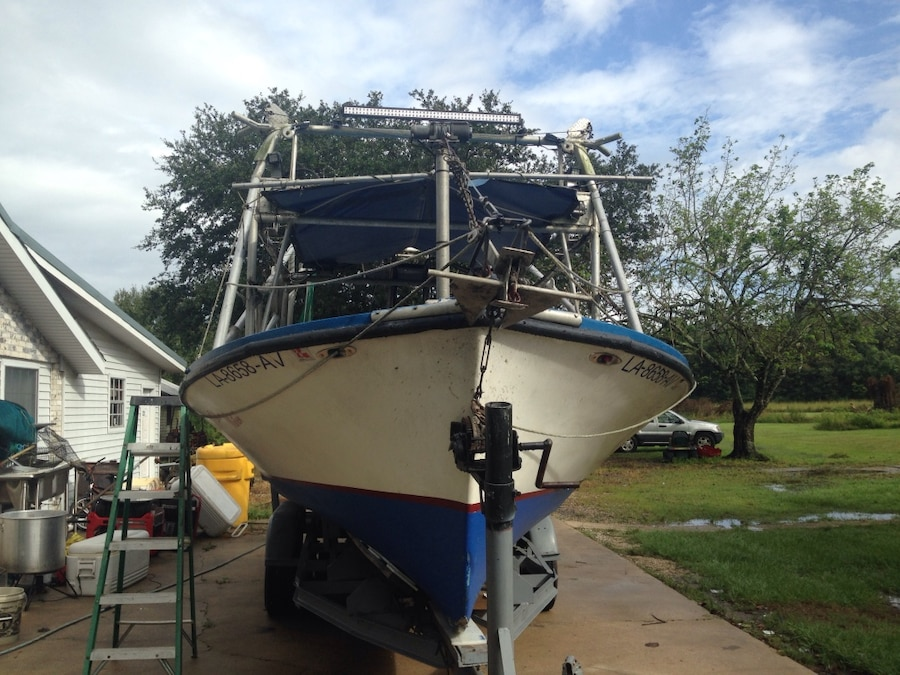 Photo 10x28' lafette skiff shrimp boat rigged and ready to fish many extras