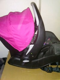 black and red car seat carrier Newport News, 23607
