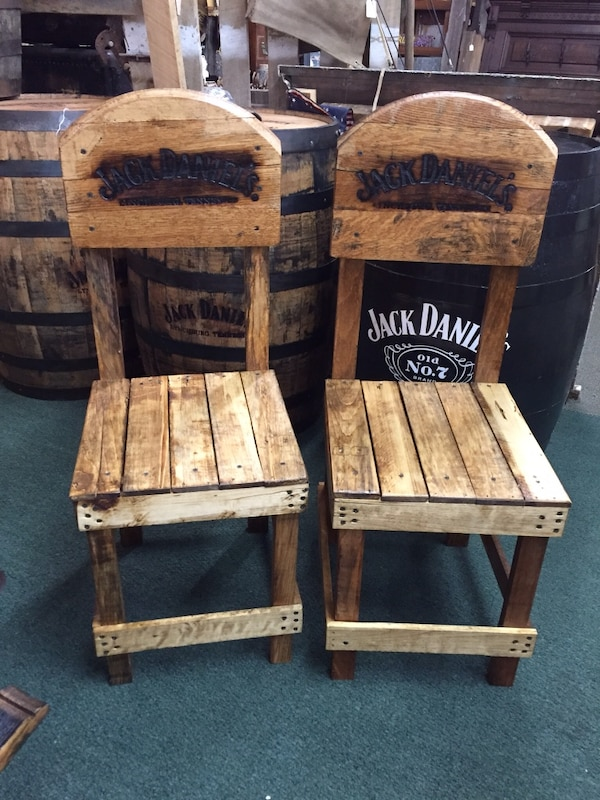 Used Authentic Whiskey Barrel Head Chairs For Sale In Massillon Letgo