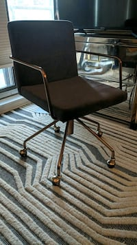 Rouka grey velvet office chair  Toronto, M4W 3Y8