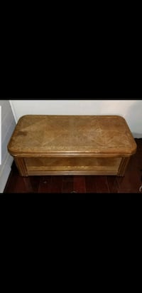 Coffee table and matching side table Valdosta, 31605