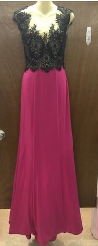 New with tags Size 6 Formal Dress $115